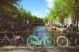 Amsterdam fiets en gracht